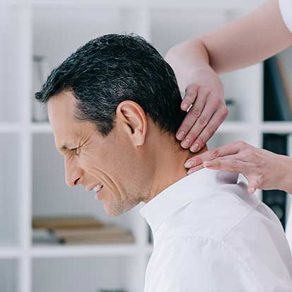 Mount Royal Village Family Chiropractic | Symptoms | Neck Pain