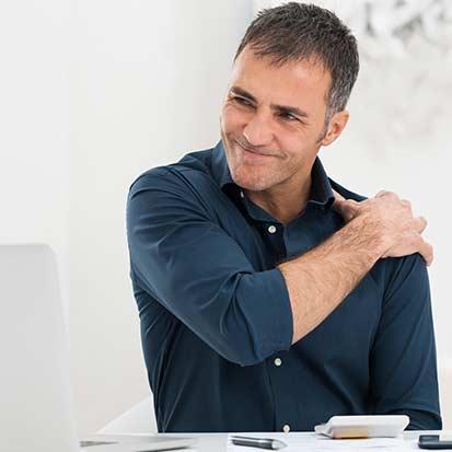 Mount Royal Village Family Chiropractic | Symptoms | Shoulder Pain